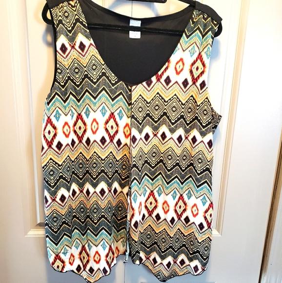 Sleeveless layered blouse